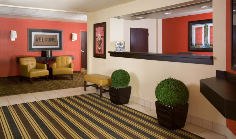 Detroit Southfield Lobby And Guest Check In