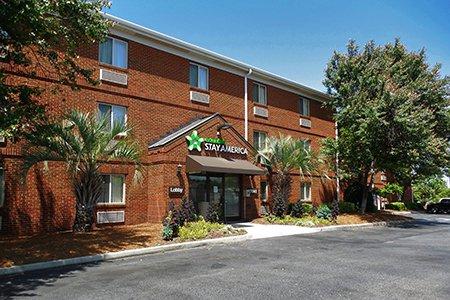 Furnished Studio – Charleston - Northwoods Blvd.
