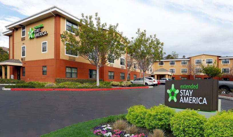 Peachy Temporary Housing In Santa Barbara Ca Short Term Rentals Home Interior And Landscaping Mentranervesignezvosmurscom