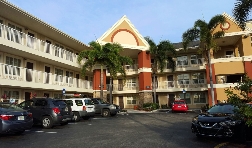 Furnished Studio – Fort Lauderdale - Cypress Creek - Andrews Ave.