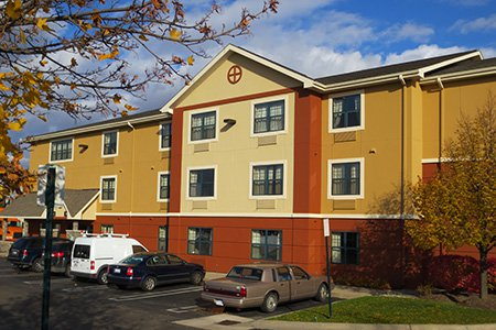 Furnished Studio – Detroit - Auburn Hills - I -75