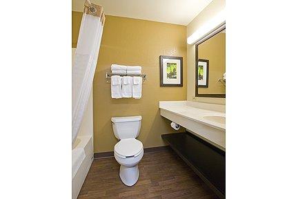 Bathroom Fixtures Syracuse New York syracuse - dewitt hotel | extended stay america